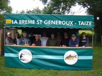 les-membres-du-bureau-au-concours-de-peche-2012-2.jpg